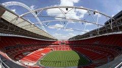 """""""Уембли"""" е наричан Храм на футбола и това не е случайно. Стадионът с двете кули като символ вече го няма, но заместникът му е огромен красавец, който вече прие финали в Шампионската лига и турнирите в Англия. Тази арена е избрана от феновете за №1 като най-мечтано място да са на мач в събота."""