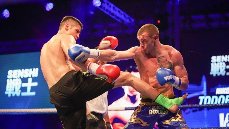 Освен номер едно в муай тай за 2018 и 2019 година, Корунчев е и двукратен европейски шампион по бойното изкуство и носител на световната титла по кикбокс на WAKO за 2017 година.