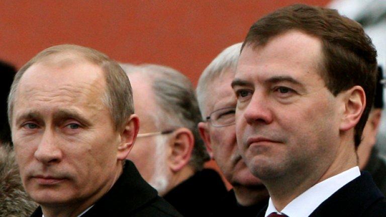 Кандидатурата на Медведев беше приета с 374 гласа