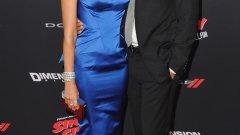 Джесика Алба се среща на снимачната площадка с Каш Уорън, който е син на актьор. Двамата са неразделни и женени от 2008 г. и имат 2 дъщери.