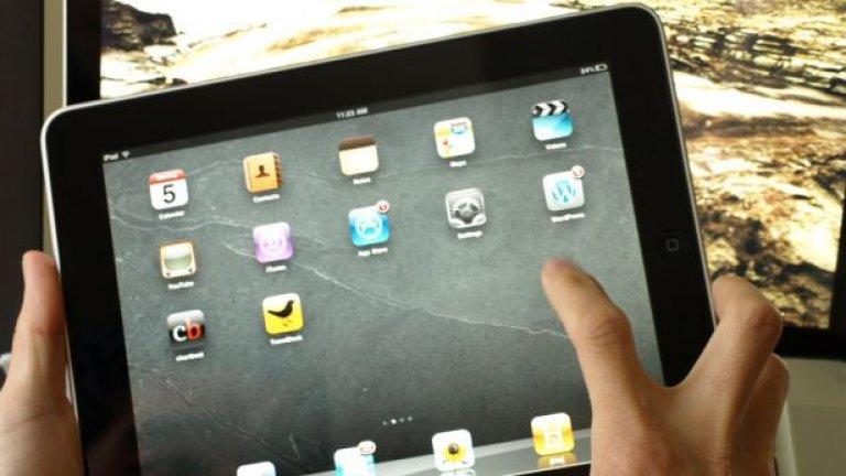 1 милион iPad-а бяха продадени за първите 28 дни след появата на продукта в началото на април.
