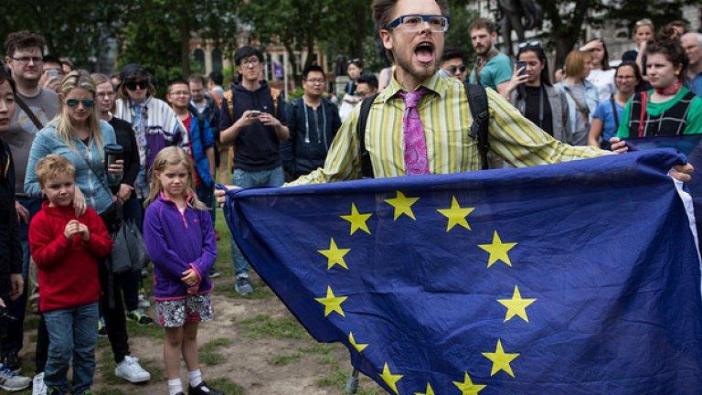 Референдумът изкопа пропаст между младите и старите