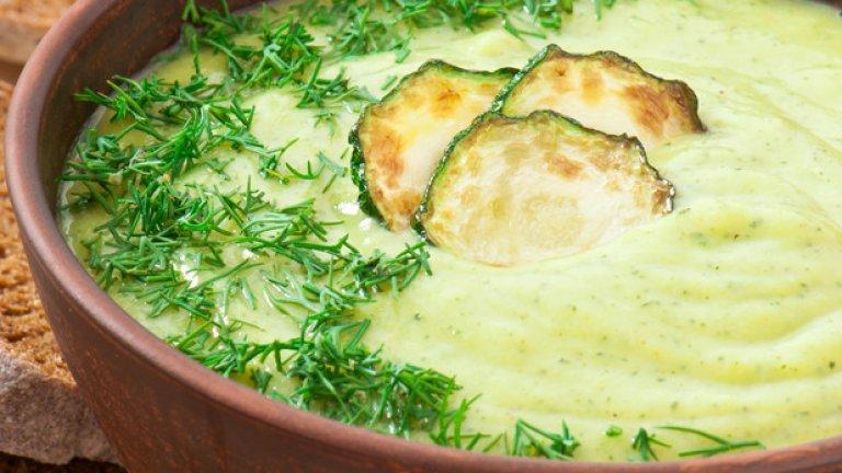 Крем супа от тиквички със сметана и копър