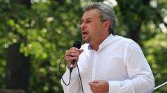 Според Тунчер Кърджалиев здравният министър среща подкрепа от страна на медиците само защото е техен принципал