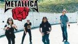Metallica – St Anger (2003)  Група №1 на траш метъла издаде не един и два спорни албума, а колаборацията с Лу Рийд в Lulu беше особено трудна за преглъщане. Но осмият албум на четворката St Anger си остава този, с който Metallica стреля най-далеч от целта. И днес албумът звучи като творение на велика група, която обаче просто се намира в тежък период и никак не си прекарва добре в студиото.  Самокритичните текстове на Джеймс Хетфийлд звучат като излезли от човек, който се опитва публично да реши личните си проблеми. И това не би било толкова лошо, ако самите песни не стигаха тотално доникъде в музикално отношение. Черешката върху доста безвкусната торта е станалият легендарен звук на соло барабана на Ларс Улрих, оприличаван на кофа за боклук. Звукът е умишлено търсен и с него барабанистът се е опитвал да постигне определено внушение, но това не прави слушането на St Anger по-малко болезнено.