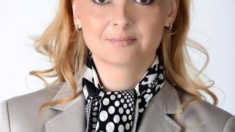 ПФ отстрани Поли Карастоянова от всички комисии
