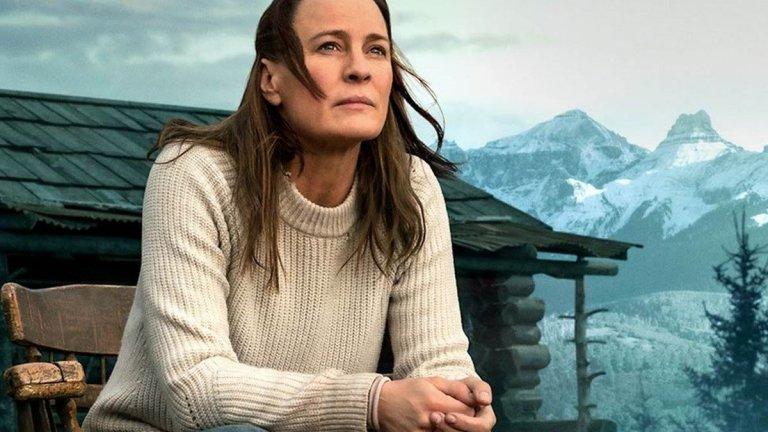 """""""Земя"""" (Land) Кога: 7 май Къде: кината  Още един филм, който трябваше да видим на екран още миналия месец... Робин Райт (""""Къща от карти"""") е не само в главната роля в тази драма, но е и неин режисьор. Героинята ѝ преживява трагедия, след която се мести да живее в хижа насред нищото. А пътят към това отново да се зарадваш на живота не е лесен."""