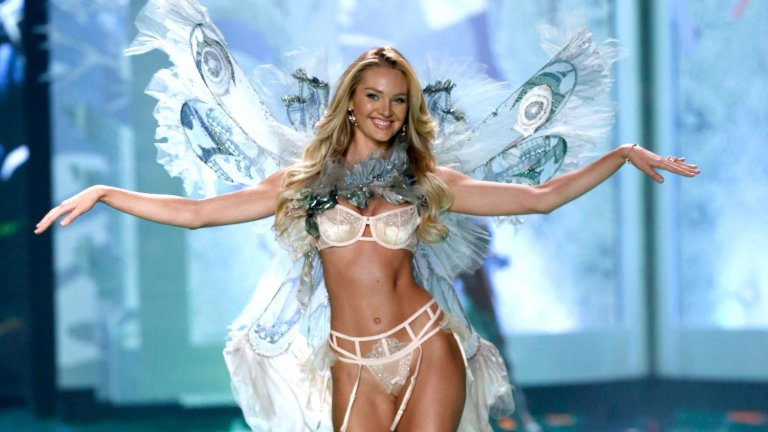 """Още през 2010-2011 г., когато е едва 19-годишна, изкарва около 3 милиона долара от работата си. Постепенно се изкачва в класацията на """"Форбс"""" за най-скъпоплатени модели, докато през 2016 г. не достига осмото място със 70 милиона.  През миналата година Кандис е изкарала 5 милиона, двойно повече от предходната година, след като става лице на Max Factor, а се радва на договор и с Versace."""