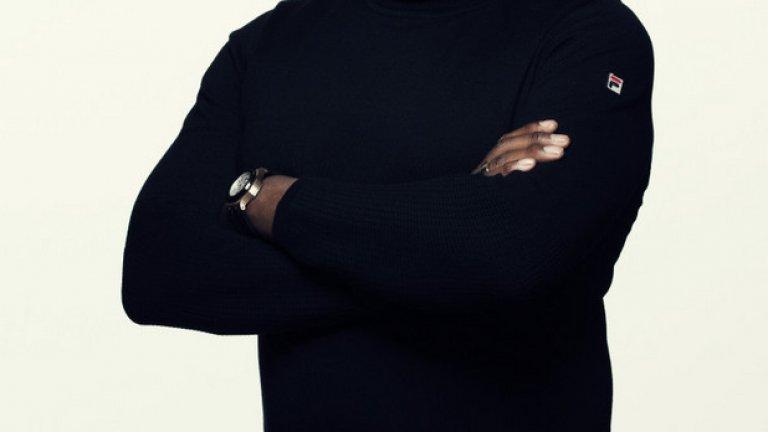 Кас Пенант - бивш хулиган на Уест Хем, а сега писател и филмов продуцент.