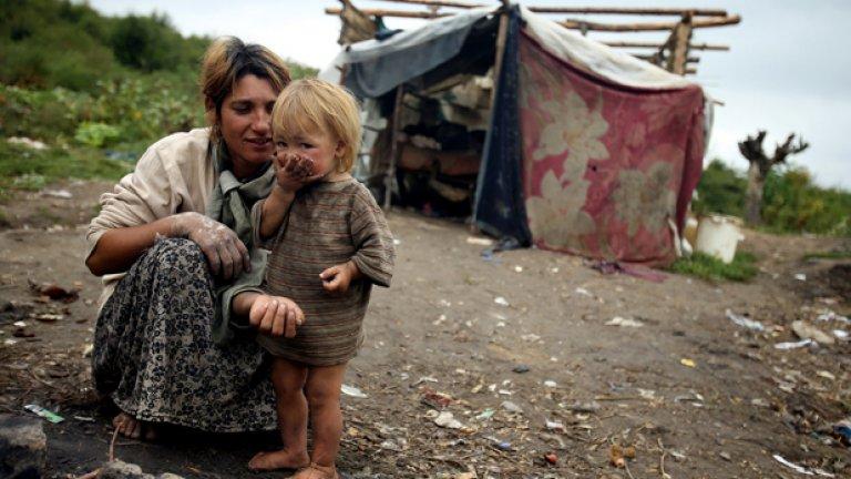 50 милиарда евро за интеграцията на ромите в ЕС не са усвоени, заяви еврокомисарят Вивиан Рединг
