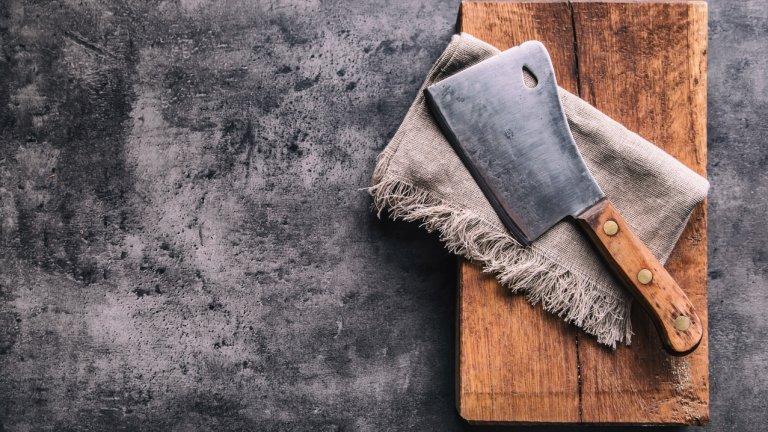 В Тайван смятат, че стоманата на касапсите ножове има лечебни свойства, с които да премахва стрес, умора и болка
