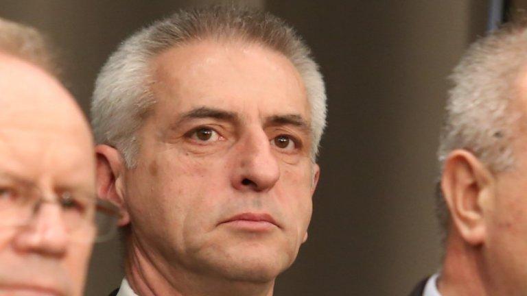 Искат и бодигардовете, които спряха Христо Иванов и привържениците му, да бъдат незабавно уволнени. На снимката: шефът на НСО Красимир Станчев