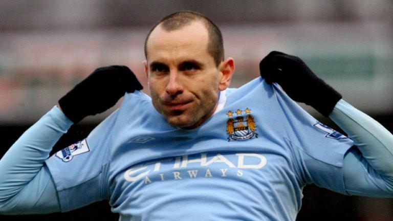 В Олимпиакос или не, Мартин ще съблече фланелката на Манчестър Сити