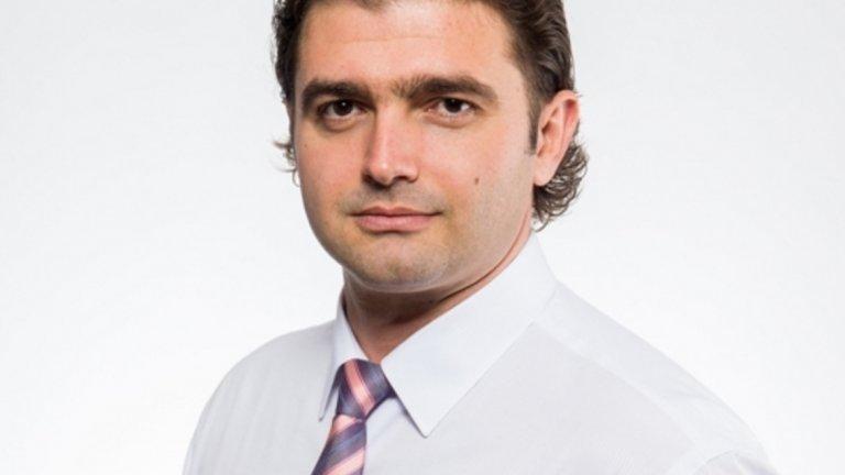 Според Стойно Чачов нито един от десетимата в Общинската избирателна комисия не е юрист и намира решението им за нелегитимно