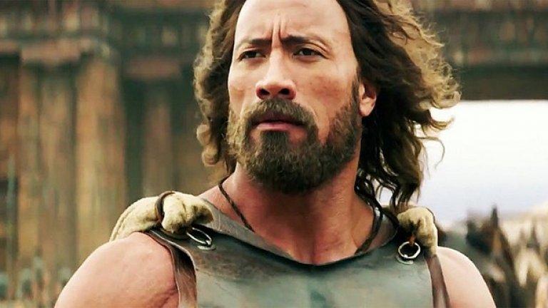 """В """"Херкулес"""", """"Кръв и пот"""" и последните няколко филма от франчайза """"Бързи и яростни"""" Скалата е най-импозантната и плътна фигура в кадър."""