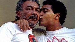 """Бащата на Ромарио. Само 6 седмици преди световното първенство по футбол през 1994 г. в Бразилия бе отвлечен Едеваир Ромарио - бащата на един от най-великите нападатели в историята на футбола, който по това време бе съотборник на Христо Стоичков в Барселона. Похитителите поискаха огромен откуп - 7 млн. долара. Ромарио обаче отговори на заплахата със заплаха - че няма да пътува с националния отбор за мондиала в САЩ. Всеизвестно е, че за бразилците футболът е по-скъпоценен от парите - Едеваир незабавно бе пуснат на свобода. А впоследствие синът му изведе """"селесао"""" до световната титла, отбеляза пет гола и бе избран за №1 на турнира."""