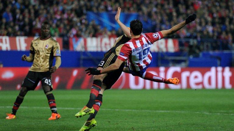 Този акробатичен удар на Диего Коща не успя, но нападателят наниза два гола във вратата на Милан в реванша в Мадрид, спечелен от Атлетико с 4:1.