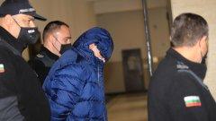 Задържаните участници групата са се уговаряли помежду си да манипулират разследването с показанията си