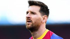 Лапорта възприе мисията да задържи символа на Барселона, но изглежда това е възможно само при големи жертви от страна на клуба и останалите играчи