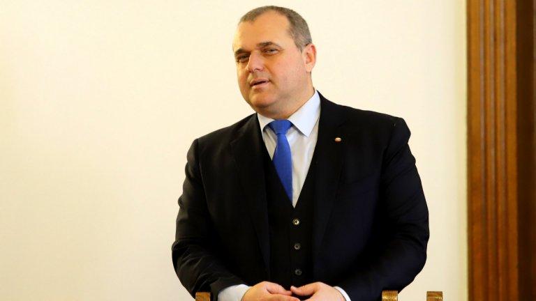 """След сериозен отпор от страна на ДПС от ГЕРБ гласуваха с """"въздържал се"""" по идеята, лансирана от ВМРО"""