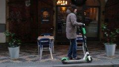 Правилниците за движение вече са остарели и държавите трябва да намерят в тях място за електрическите скутери