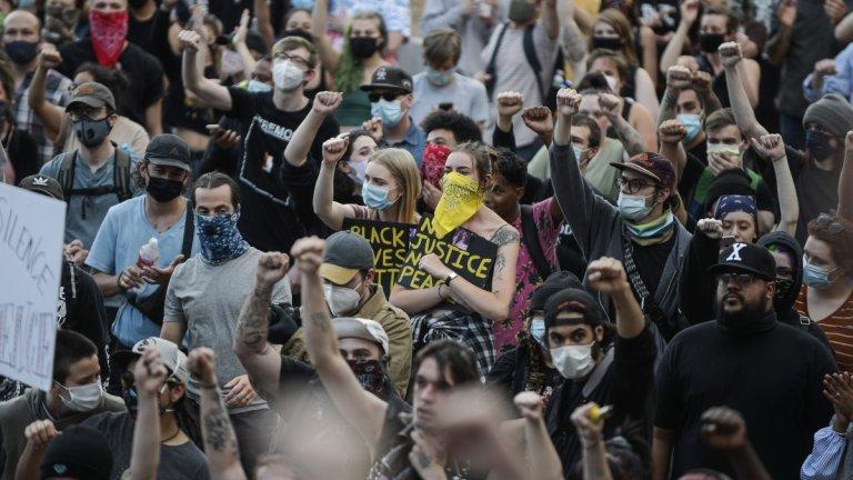 Протест в Денвър.