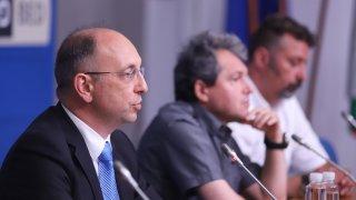 Николай Василев отича да е кадър на ДПС