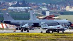 """Базата има стратегическо значение, от нея се бомбардира """"Ислямска държава"""""""