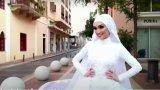 29-годишната Езра не може да се зарадва, че кадрите от сватбата ѝ са наистина уникални