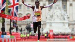 В края на април Кипчоге спечели Лондонския маратон за четвърти път в кариерата си.