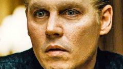 """Пренебрегнат: Джони Деп в """"Черна служба""""  Деп има девет номинации за """"Златен глобус"""" в кариерата си (и една победа със """"Суини Тод""""). Но този път от Асоциацията на холивудската чуждестранна преса не са се трогнали от ролята му на страховития Уайти Бълджър - изпълнение, което отново върна кариерата му в обещаваща посока."""
