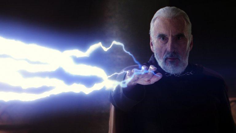 """7. Граф Дуку / Дарт Тайранъс – Джедай, обучен от самия Йода. Предал своя орден, изкушен от Тъмната страна на Силата. Умел в дипломацията, интригантството, убеждаването, а когато то не проработи – и със светлинния меч. И изигран прекрасно от покойния Кристофър Лий.  Дуку заема мястото на ученик на Дарт Сидиъс (бъдещия Император) в """"Епизод 2: Клонираните атакуват"""". Има основна роля и в анимационните """"Star Wars: Clone Wars"""". Не е по-високо в класацията, защото не съзнава, че е пионка на Сидиъс и е жертван твърде рано в началото на """"Епизод 3: Отмъщението на ситите"""", за да освободи място за генерал Грийвъс и трансформацията на Анакин Скайуокър в Дарт Вейдър."""