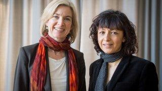 Еманюел Шарпантие и Дженифър Даудна са удостоени с Нобела заради работата си по откриването на генетичните ножици CRISPR/Cas9