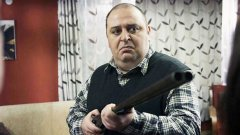 """Стандартният ден на """"истинския българин"""".  Който изгони семейство сирийци."""