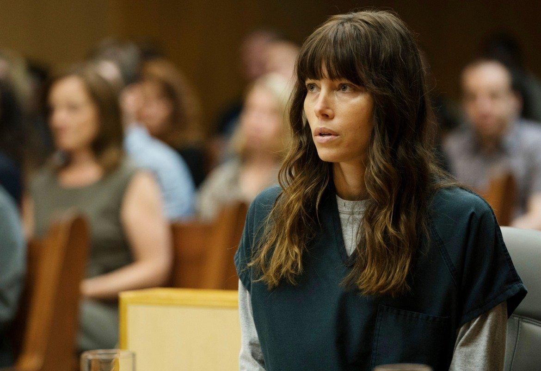 """Тази ситуация не се подобрява през следващото десетилетие, даже напротив. За Бийл то е белязано от забравими роли в забравими филми. Така се стига до това тя да прояви инициатива и да влезе в ролята на продуцент. Минисериалът The Sinner (""""Грешникът"""") се оказва много сполучлив проект, като самата актриса е и в главната роля, за което е номинирана за """"Златен глобус"""" и """"Еми""""."""