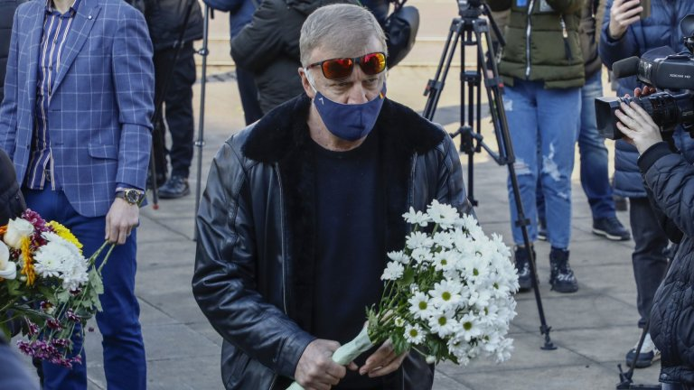 Левски намери спонсор, Сираков му благодари