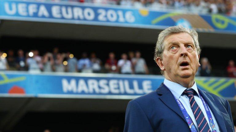 Англия най-вероятно ще премине предварителната група, но след това трябва да преодолее поне още един съперник, за да може Ходжсън да запази поста си
