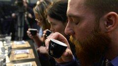 Кафето внушава, че истината е един вид режим на допуск