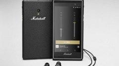 Смартфонът има специален златен бутон, който автоматично зарежда музикална колекция