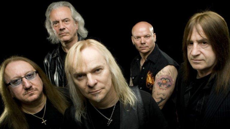Бащиците на химна на българския Джулай - Uriah Heep съществуват вече почти 45 години без намерение да замлъкнат. В последно време те изнасят турнета с групи като Rush и Def Leppard. През лятото на 2014 очакваме новия им албум Outsider