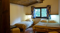 """Хижа """"Алеко"""" и гостоприемница """"Мотен"""" - най-високопланинските заведения в Софийско..."""