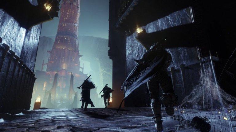 Destiny  Destiny излезе през 2014 г. като шутър от първо лице, който постави играча в обувките на Guardian - пазител на последния човешки град на Земята. Това бе първото заглавие на разработчиците от Bungie след Halo и феновете го награбиха още на премиерата му. Само пет дни след пускането си на пазара, Destiny вече имаше продажби за 325 млн. долара - над два пъти повече от 140-милионния си бюджет. Крайният резултат се оказа огромен хит, а три години по-късно Bungie направиха дори по-успешно продължение.