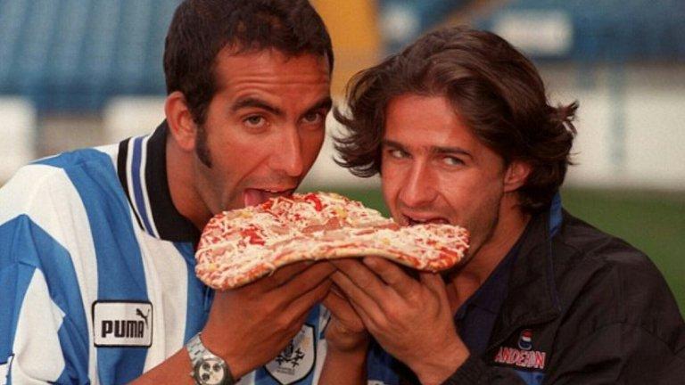 В средата и края на 90-те в английския Шефийлд Уензди предпочитаната храна бе пицата. Поне от двете италиански звезди на тима - Паоло ди Канио и Бени Карбоне.