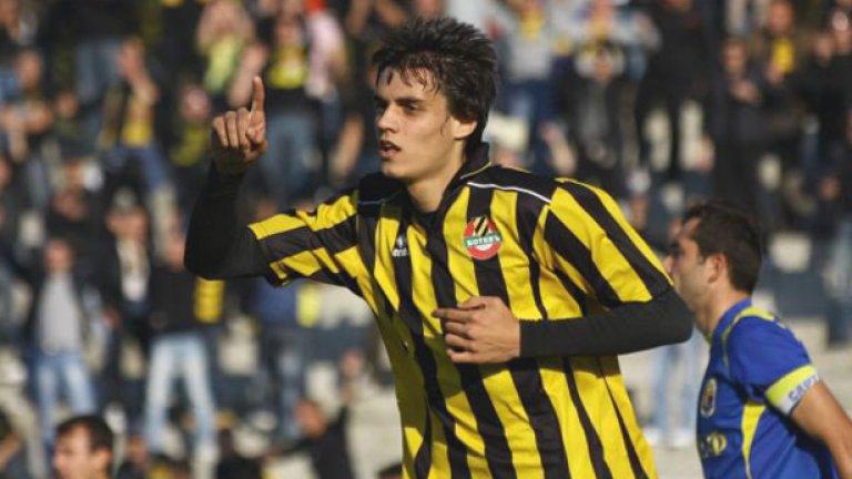"""Наско Курдов смени фланелката на Ботев с тази на Лудогорец и от него се очаква с головете си да вкара клуба в """"А"""" група"""