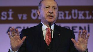 Вашинтон месеци наред предупреждаваше Анкара да не купува противовъздушна отбрана от Русия