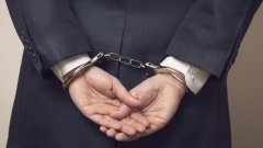 Владимир Плочински е арестуван, няколко месеца след като негов заместник беше задържан по подобни обвинения