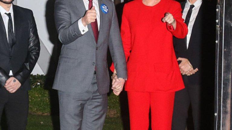 Орландо Блум и Кейти Пери са неузнаваеми като Бил и Хилъри Клинтън