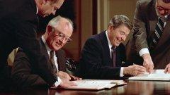 """""""Някой ден ще бъде твърде късно"""": Край на ядрения договор между САЩ и Русия"""
