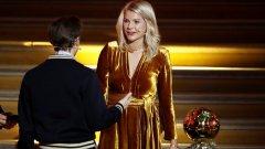 """Ада Хегерберг спечели първата женска """"Златна топка"""", но един въпрос от един диджей помрачи леко радостта й"""