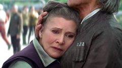 """Да не би да живеем в алтернативна холивудска вселена? Ако съдим по новия трейлър на """"Междузвездни войни"""", Холивуд си е позволил да остави актрисата Кери Фишър да изиграе остарялата принцеса Лея... Да вярваме ли на очите си?"""